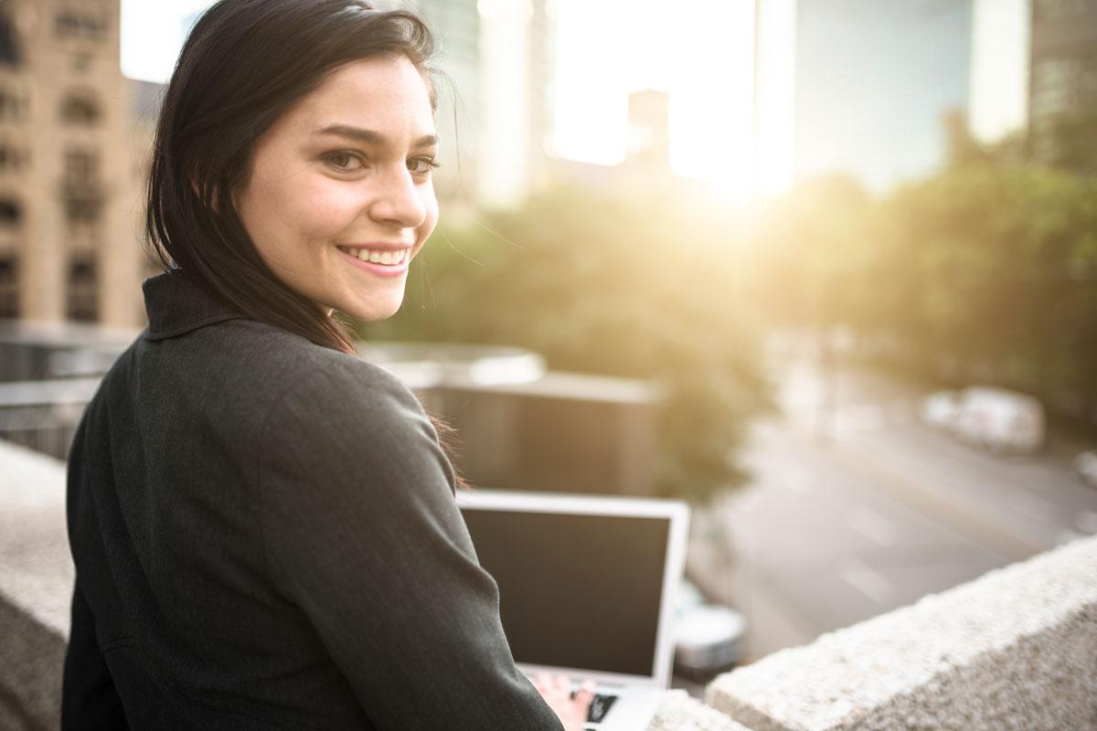 Jeunes au travail : ressources pour les employeurs.